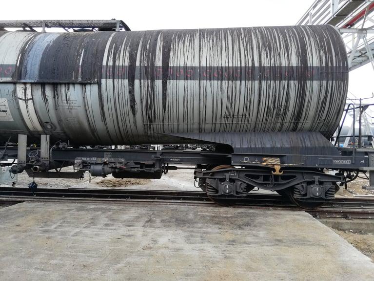 La Limpieza Criogénica Mejora el Transporte de Petróleo mediante la Limpieza Eficaz de Vagones de Tren